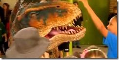Dinosaurio en la escuela