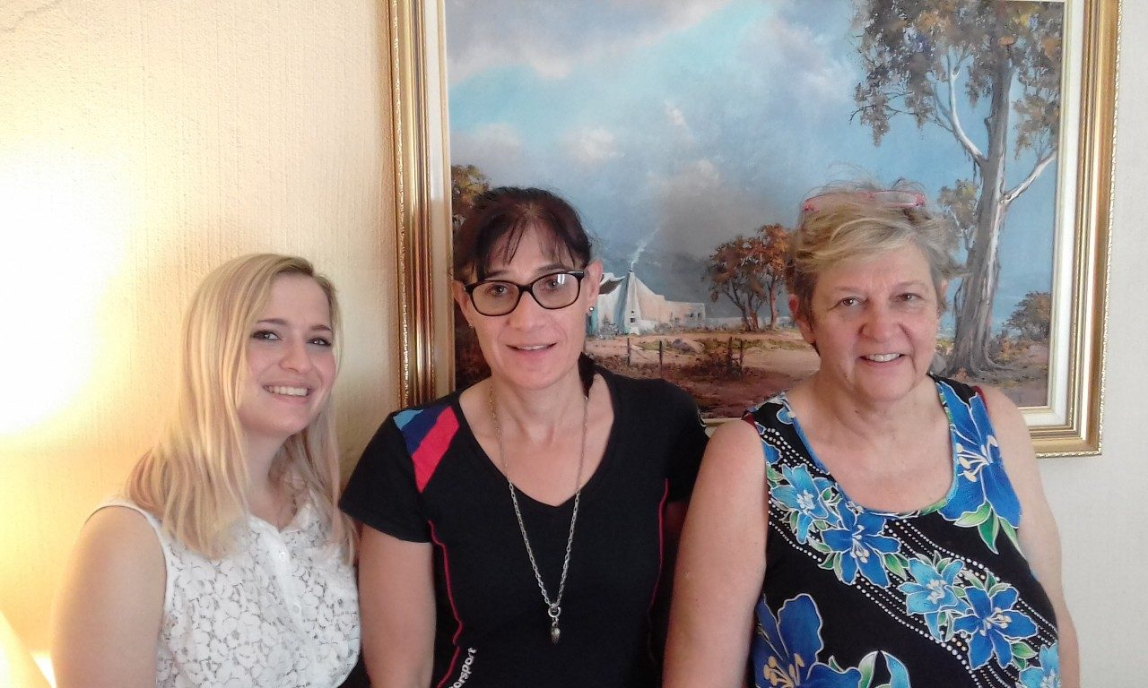 Lindsay Thomas, Ivone da Silva and Monica Lyons (L to R) attended 'Blogging - Create a Beautiful Blog'