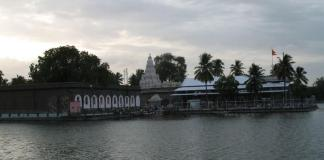 Siddheshwar_temple_Solapur.jpg August 15, 2016 58 kB 800 × 600 Edit Image Delete Permanently URL https://www.wordzz.com/wp-content/uploads/2010/09/Siddheshwar_temple_Solapur.jpg Title