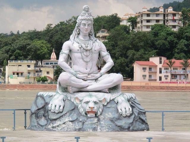 Lord Shiva Statue At Rishikesh