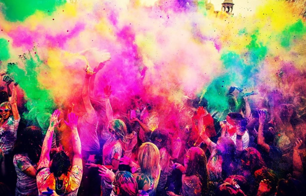 Holi festival pictures with colours