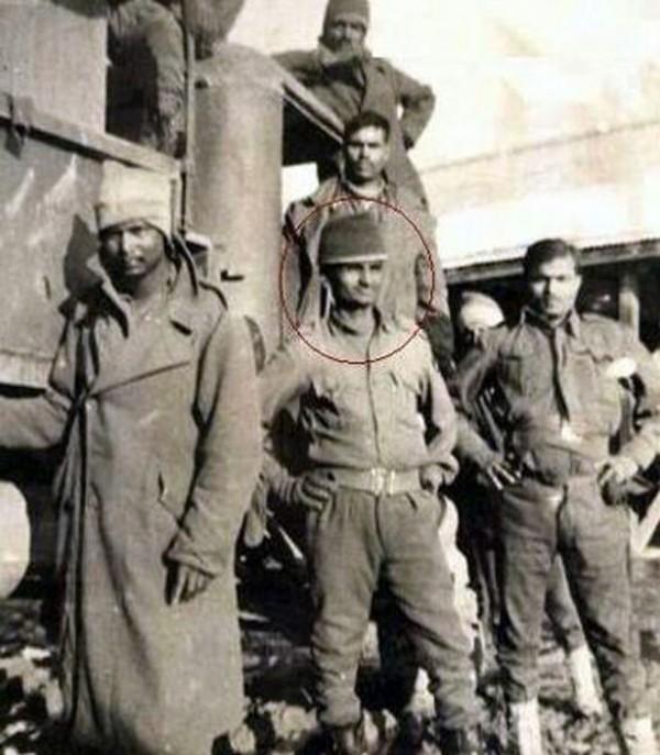 14.Rare Photo of Anna Hazare as an Army man.