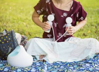 How to get a free breast pump through insurance | Work Breastfeed Mom #breastmilk #pumping #pumpingtips