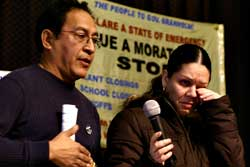 Ignacio Meneses introducing<br>Mar�a Sánchez at Feb. 17<br>Detroit speak-out.