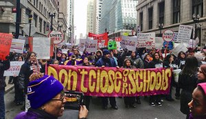 Chicago teachers & community mobilize March 27. WW photo: Patricia Linarez
