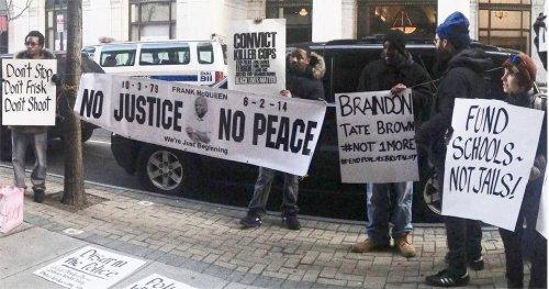 Philadelphia protesters target police 'summit'