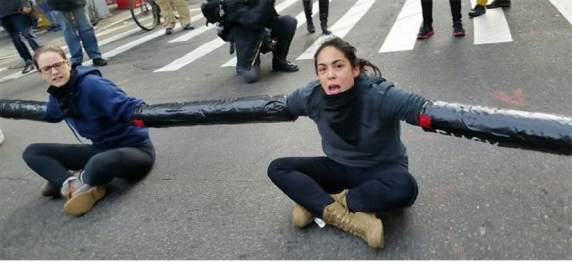 Blocking New York City traffic to protest ICE deportations.Photo: Colin Ashby