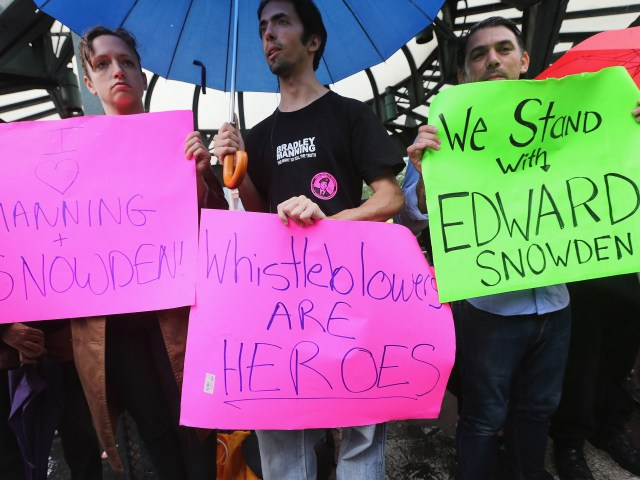 Activists Rally In New York In Support Of Edward Snowden