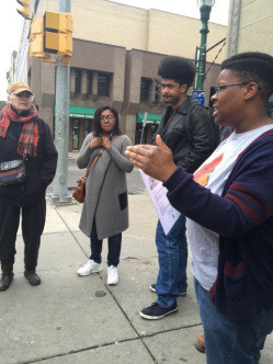 Organizer Nikeeta Slade strategizes with Workers Center.Photo: Rebecca Fuentes