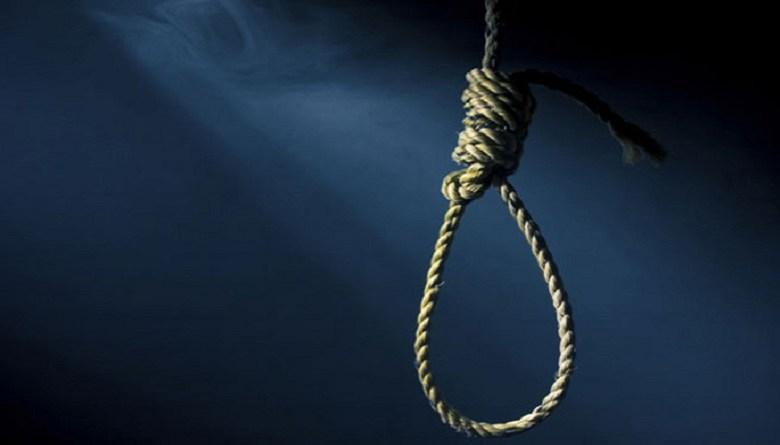 Photo of गुड़गांव की फैक्ट्री में प्रवासी मज़दूर ने की आत्महत्या, पत्नी को दूसरे दिन मिली लाश