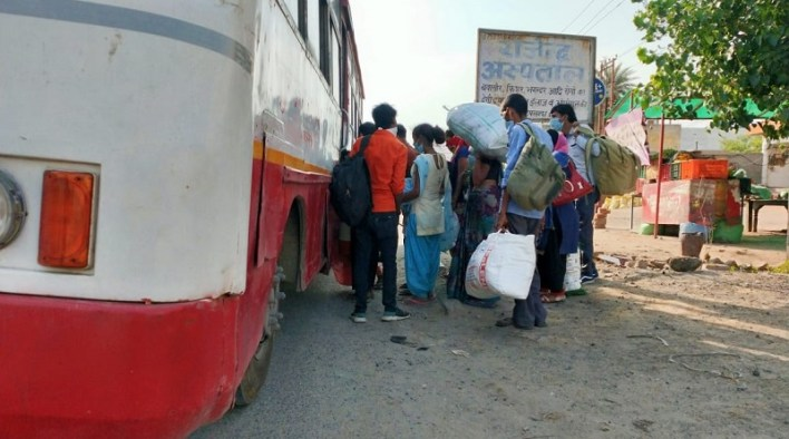 free bus service plying from ghaziabad