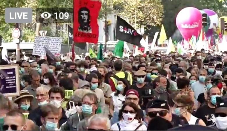 Photo of भारत में युवाओं ने तो फ्रांस में मजदूरों ने सरकार को दिखाया आईना, सडक़ों पर हजारों का प्रदर्शन