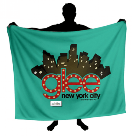 You can own this 'Glee' blanket!