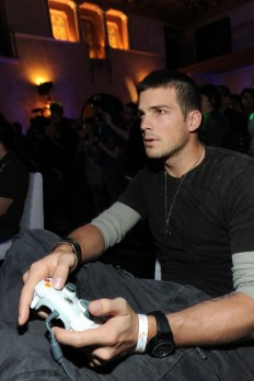 capcom-lost-planet-2-launch-party-rick-malambri-gaming
