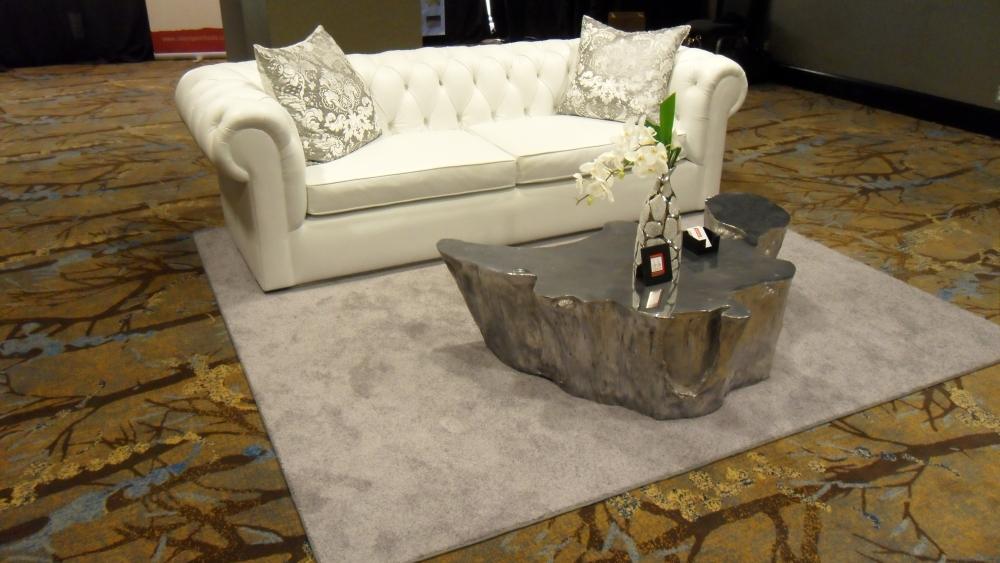 gbk-pre-oscar-luxury-lounge-2013-versace-seating