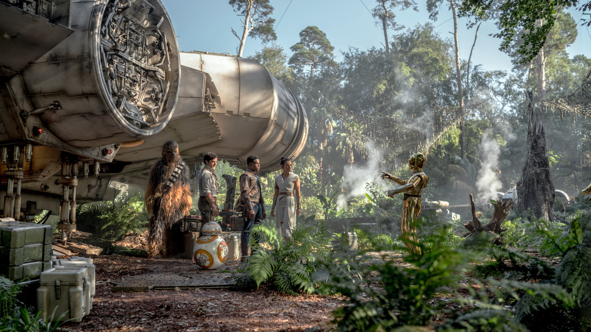 Chewbacca (Joonas Suotamo), Poe (Oscar Isaac), Finn (John Boyega), Rey (Daisy Ridley) and C-3PO (Anthony Daniels) in STAR WARS: THE RISE OF SKYWALKER.