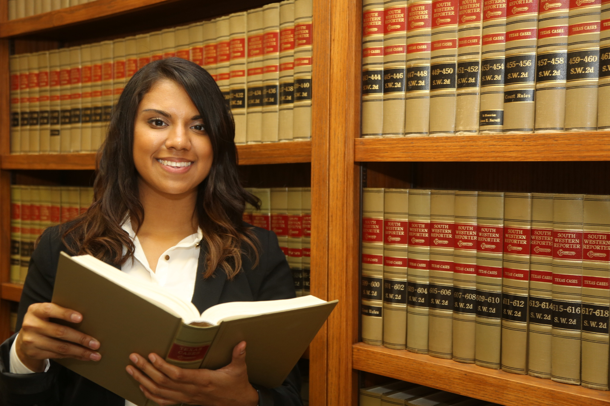 7 Reasons You Need To Hire A Lawyer