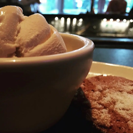 The Pit's bourbon ice cream and cookie. Mmmf.