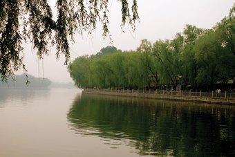 Houhai's manmade lake