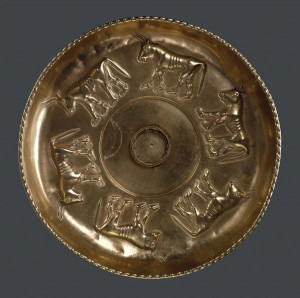 Gold libation bowl decorated with six bulls, Sant' Angelo Muxaro, c.600 BC.