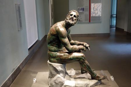 Rome_BoxerStatue