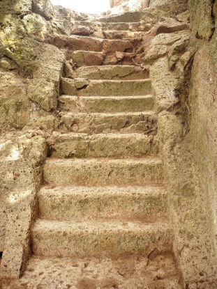 etruscan_steps