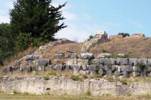 Nicopolis-Augustan-victory-monument