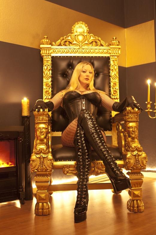 Lady Divina  Hamburg  Mistresses  World Mistresses