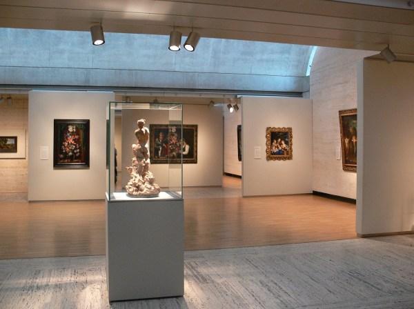 Texas U. Kimbell Art Museum Exhibit Detail Interior