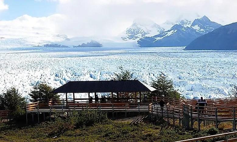 640px-walkways-close-to-perito-moreno-glacier