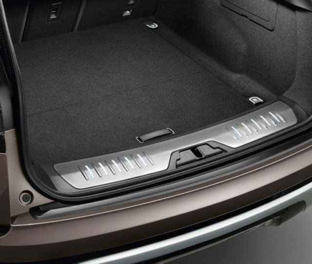Range Rover Velar Luggage Compartment