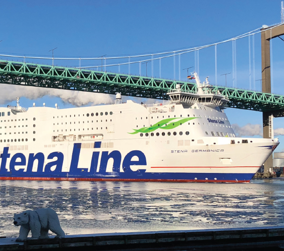 The-ro-ro-ferry-Stena-Germanica-is-using-methanol-as-fuel