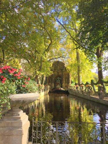 Ogród Luksemburski, Fontanna Medici