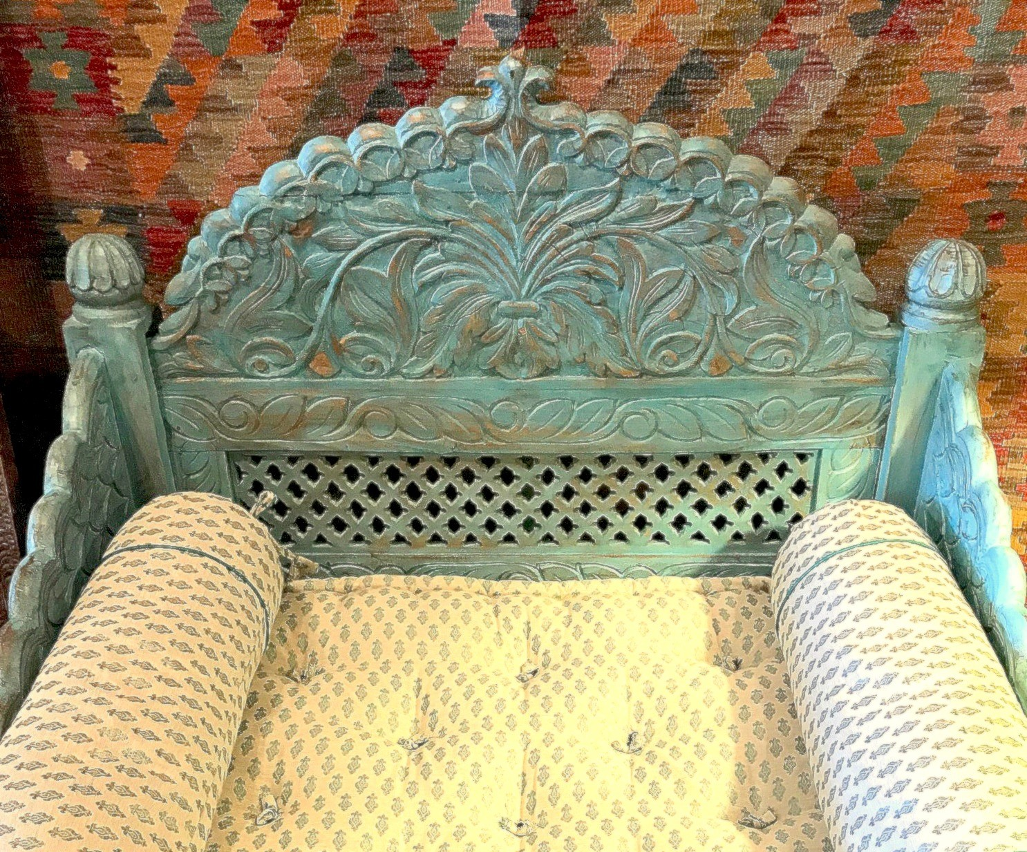 Arch Carved Jhula Seat With Blue Antique Finish