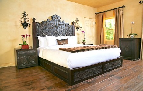 Indian Inspired Dcor Furniture Bedding Cushions Covers Curtains  Worldcraft Industries