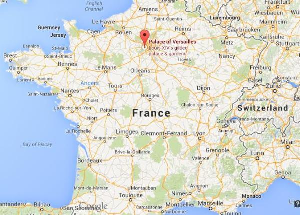 Where is Versailles on map of France