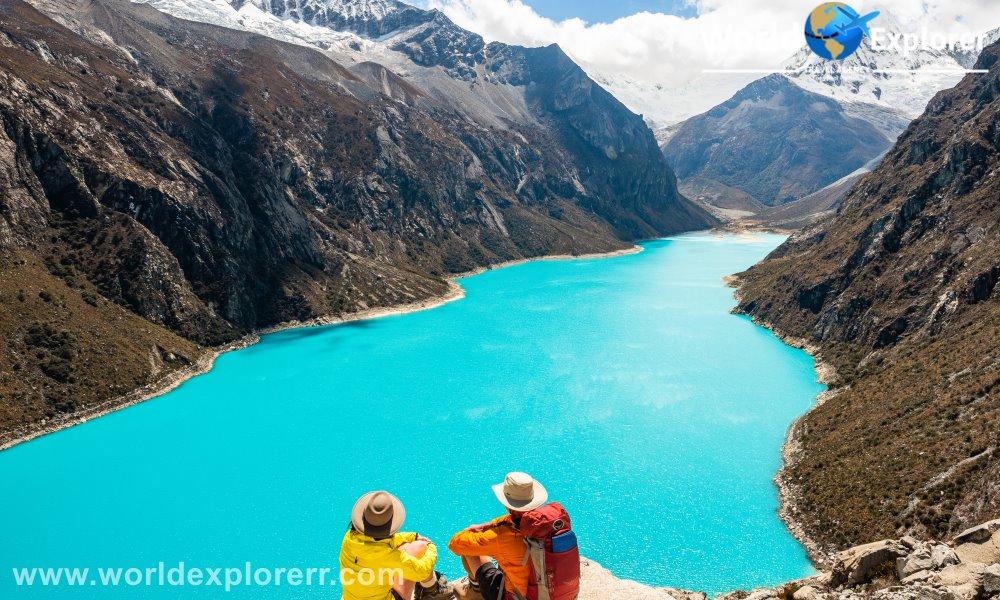 Laguna Paron 1 Dia completo en Huaraz, viaja atraves del callejo de huaylas en el trayecto podras apreciarlas montañas, la cordillera del huascaran. Caminata hasta la laguna paron en 1 dia completo.