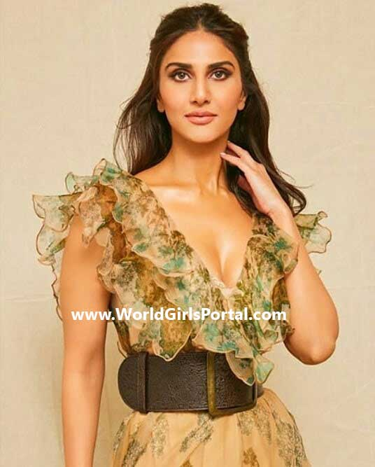 Most Beautiful Actress Vaani Kapoor Birthday Picture and News