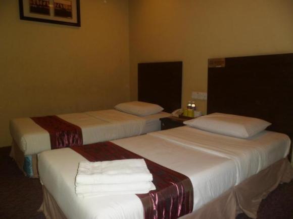 Perdana Hotel Labuan - Room Image