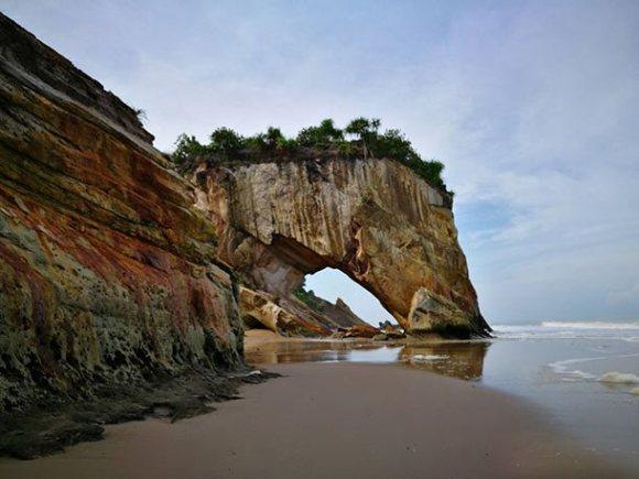 Pantai Tusan Bekenu Miri