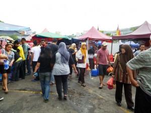 Malaysia Night Market or Pasar Malam Around 6.00pm