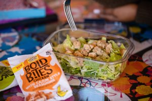 Now that we homeschool we spend a lot of time on the go. We got tired of eating out every day and Reese could only handle so may PB&J sandwiches. If you're looking to switch up your lunch routine, check out this post to see how we made lunch on the go tasty and easy with Foster Farms Bold Bites.