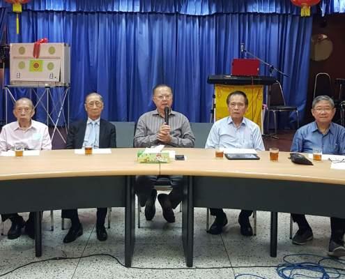 泰林總會會長會主席林煥坤(中)主持會議並致開會詞時影