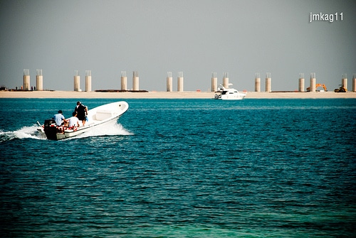 4 Popular and Crowded Beaches in Dubai