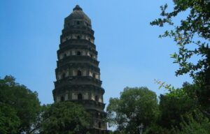 10 Top Ancient Leaning Structures around the World