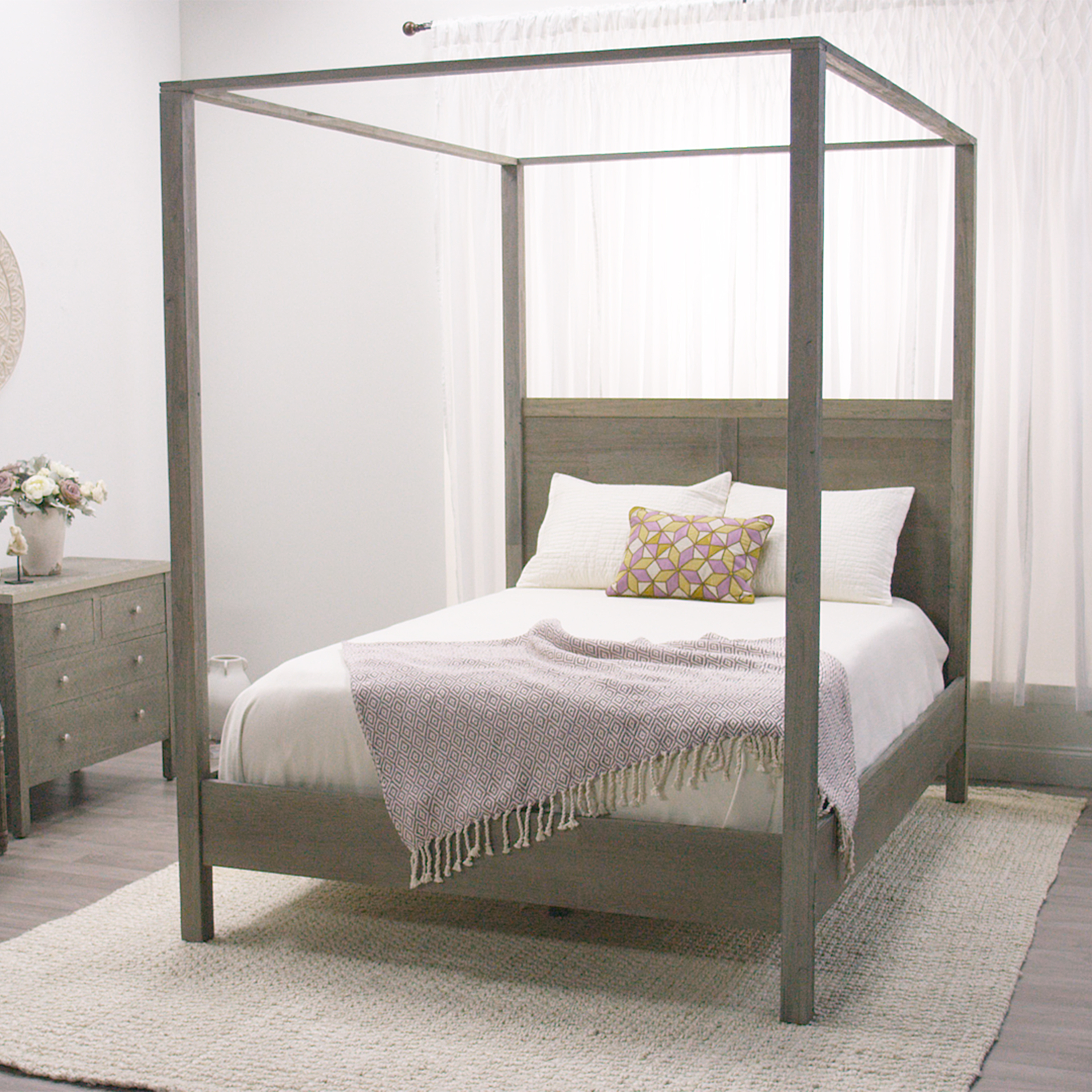 Queen Sets Canopy Bedroom