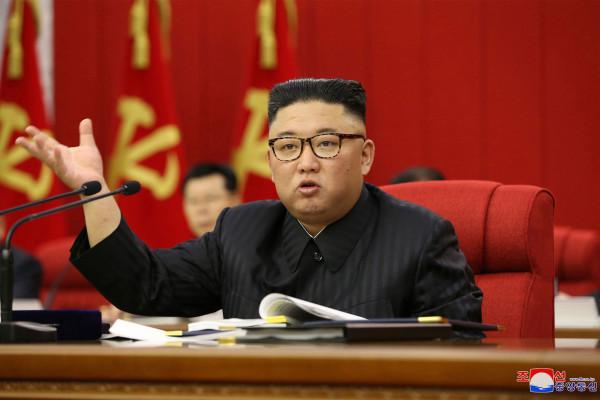Kim Jong advierte sobre la 'tensa' situación alimentaria en Corea del Norte