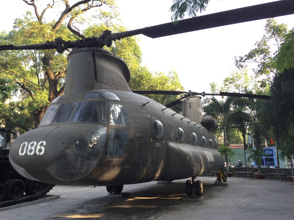 war remnant museum helicopter