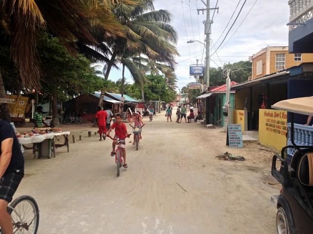 Caye Caulker Belize worldofawanderer.com