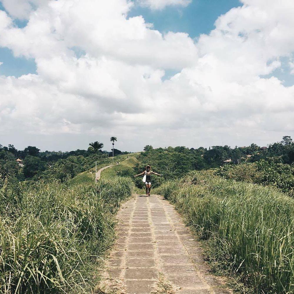 Hiking the Camphuan Ridge Walk